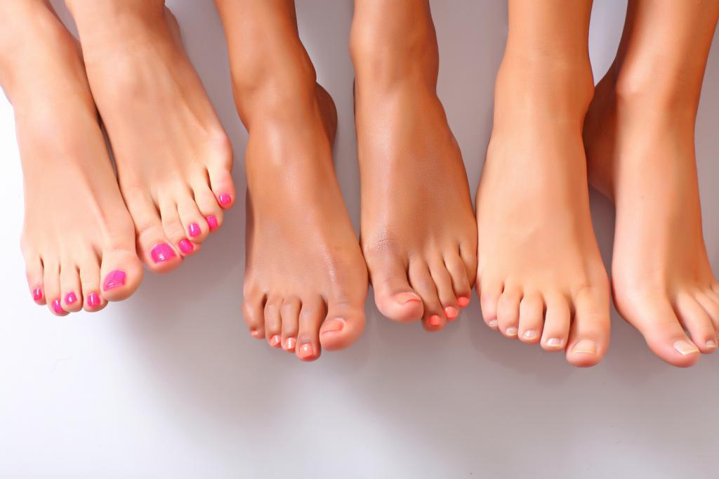 Дистрофия ногтя большого пальца ноги