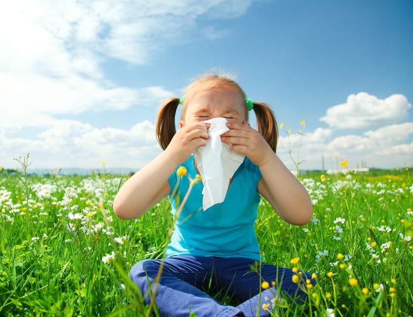 Покраснение вокруг глаза у ребенка причины и лечение