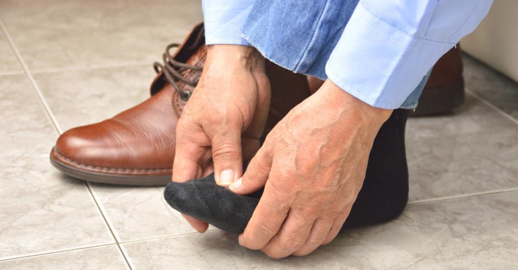 болит подушечка на ноге возле пальцев
