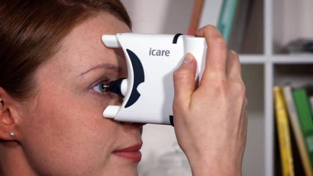 Как измеряют глазное давление у взрослых