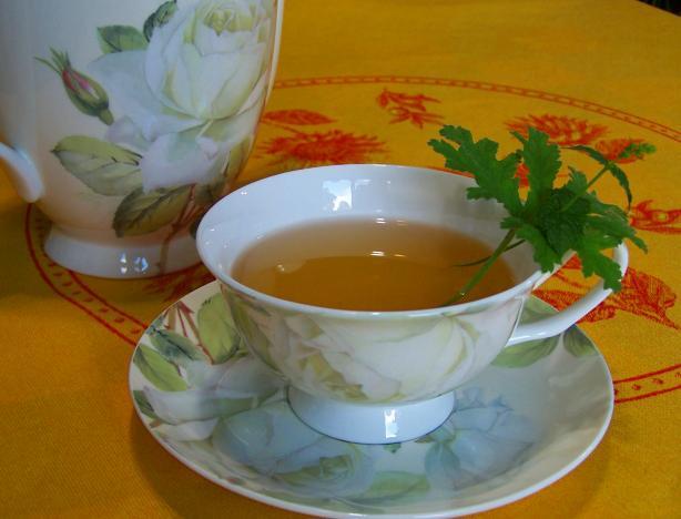 Чай с геранью
